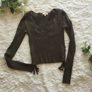 10dfd8a244 ... Cropped Ribbed side tie detail Vee neck sweater ...